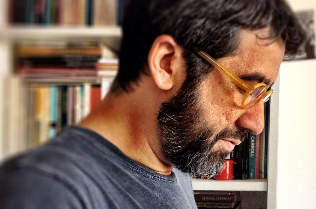Poemareflexiona con … Manoel Ricardo de Lima