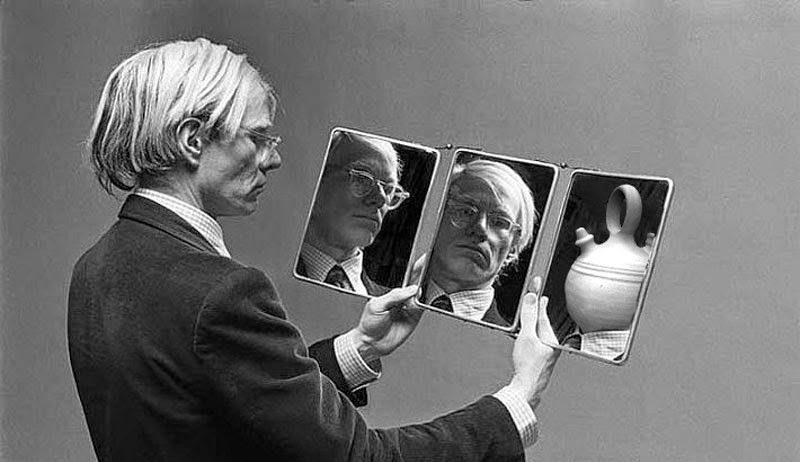 C. Tangana no es Andy Warhol
