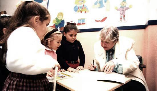 10 poemas para niños a la sombra de Gloria Fuertes