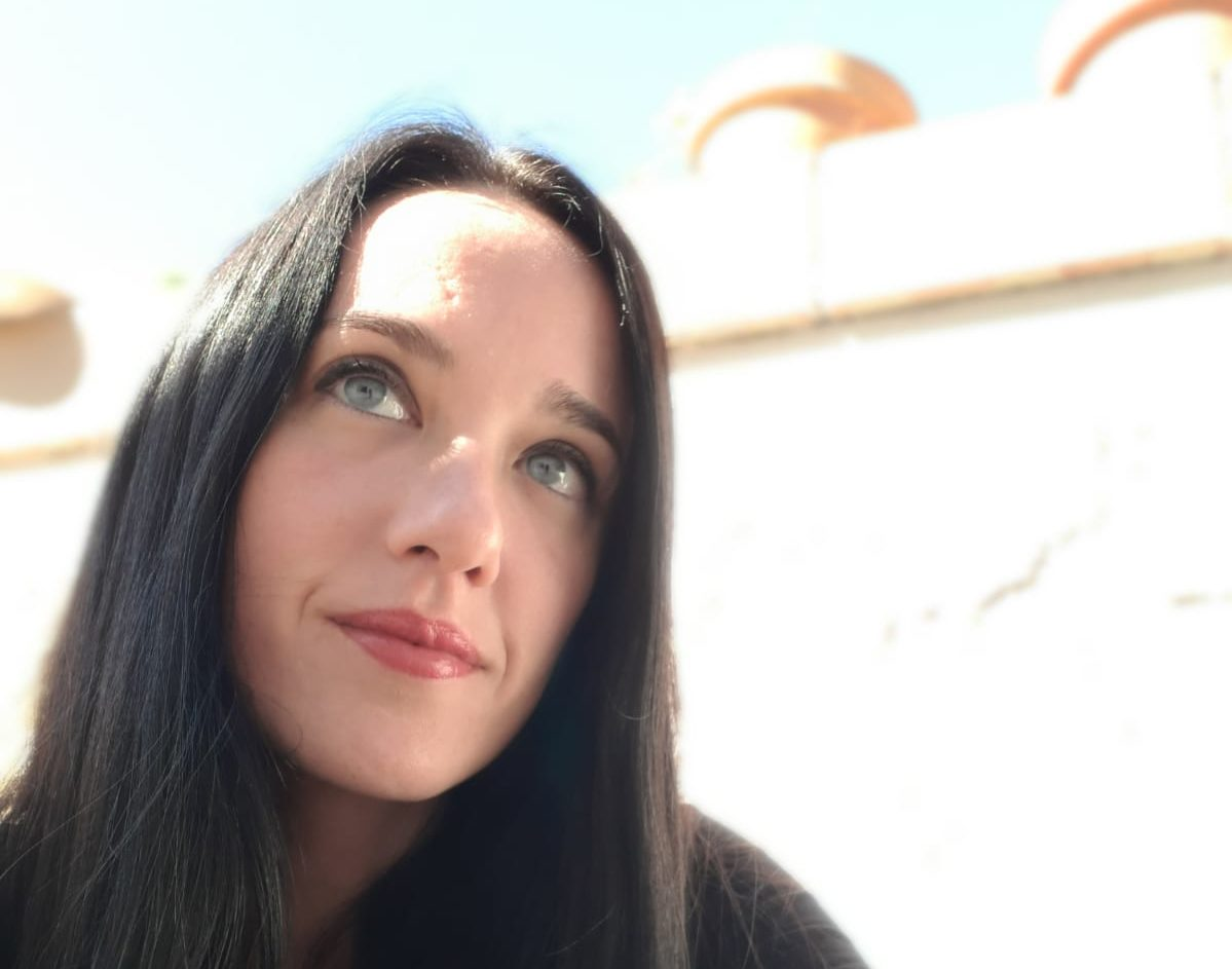 Crónica de un sueño cumplido: Versos de mimbre, de Verónica Teja