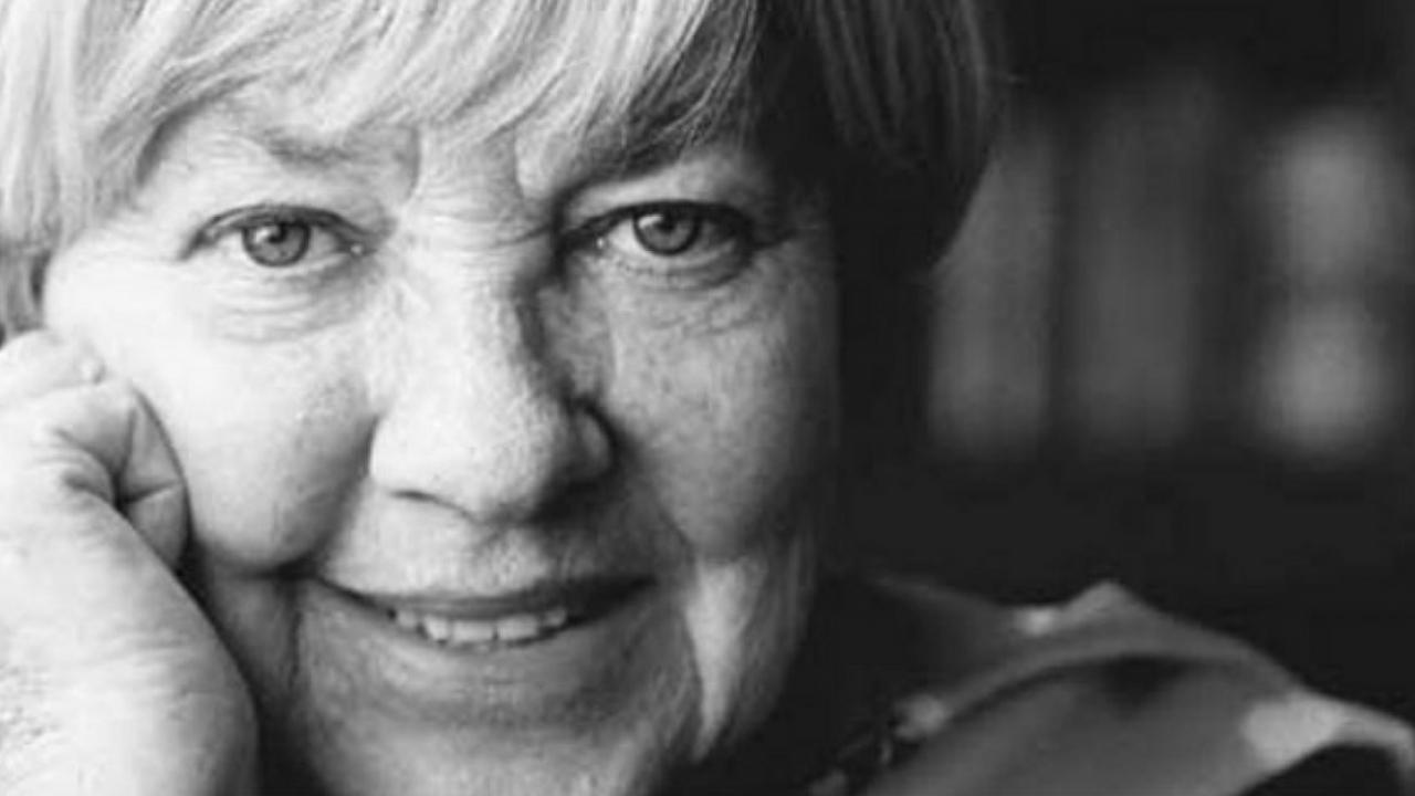 5 poemas de María Elena Walsh