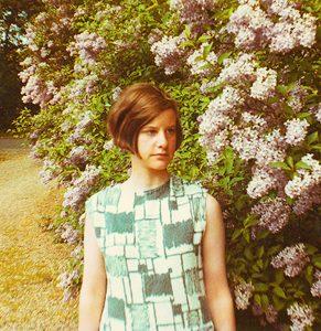 La poeta inglesa Veronica Forrest Thomson