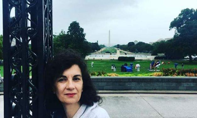 13 preguntas y una poeta, Marta Garrós: «Si no hubiera sido por Poémame, yo no estaría aquí»