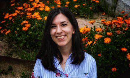 Sonia Lerones: «Escribir es lo que me mantiene viva y feliz»
