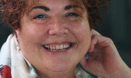 13 preguntas y una poeta, Marta Pérez i Sierra: «Fent i desfent aprèn l'aprenent, diu la dita»