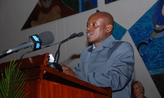 3 poemas de Zachariah Rapola, poeta sudafricano